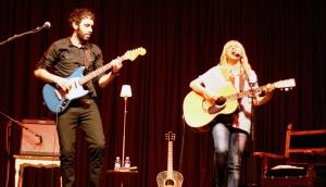 Zahara y Sergio presentan La pareja tóxica en Valladolid