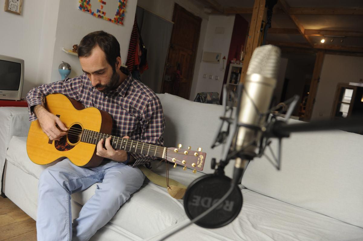 Ricardo Vicente - ¿Qué haces tan lejos de casa?
