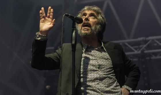 Iván Ferreiro — Intro Music